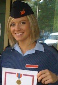 Hôtesse de l'air dans l'armée
