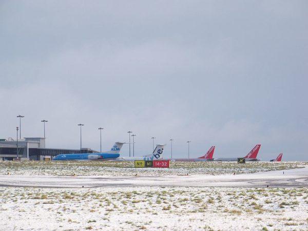 Neige et trafic aérien