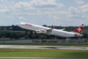 Swiss Airbus A340 © Gab01