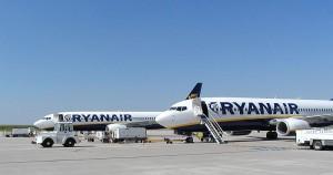 Boeing 737 Ryanair © Raboe001