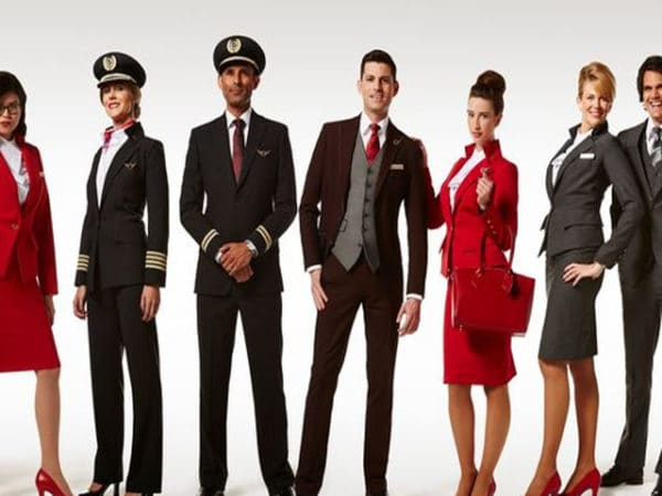 Virgin Atlantic, hôtesse de l'air relookée