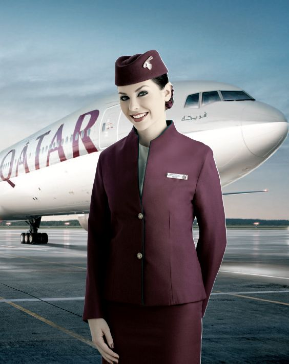 Hôtesse de l'air chez Qatar Airways