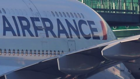 Air France, la voix d'une hôtesse de l'air