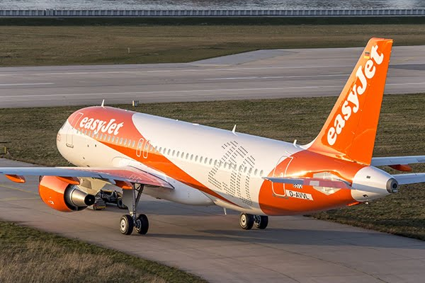 EasyJet poursuit ses vols en France