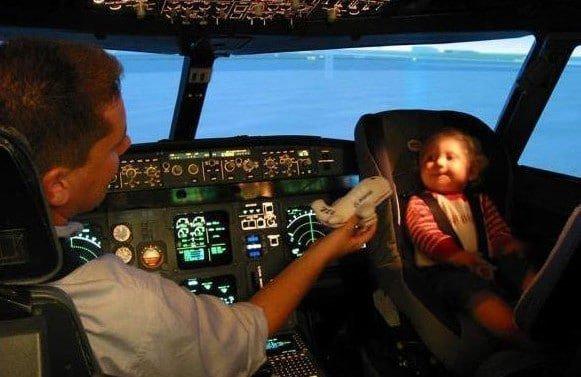 Un pilote viré pour cause de nounou
