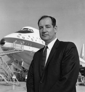 """Joe et le premier 747 """"City of Everett"""" © DR"""