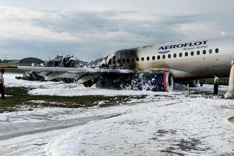 Crash Superjet 1000 Aéroflot, des PNC «héroiques»