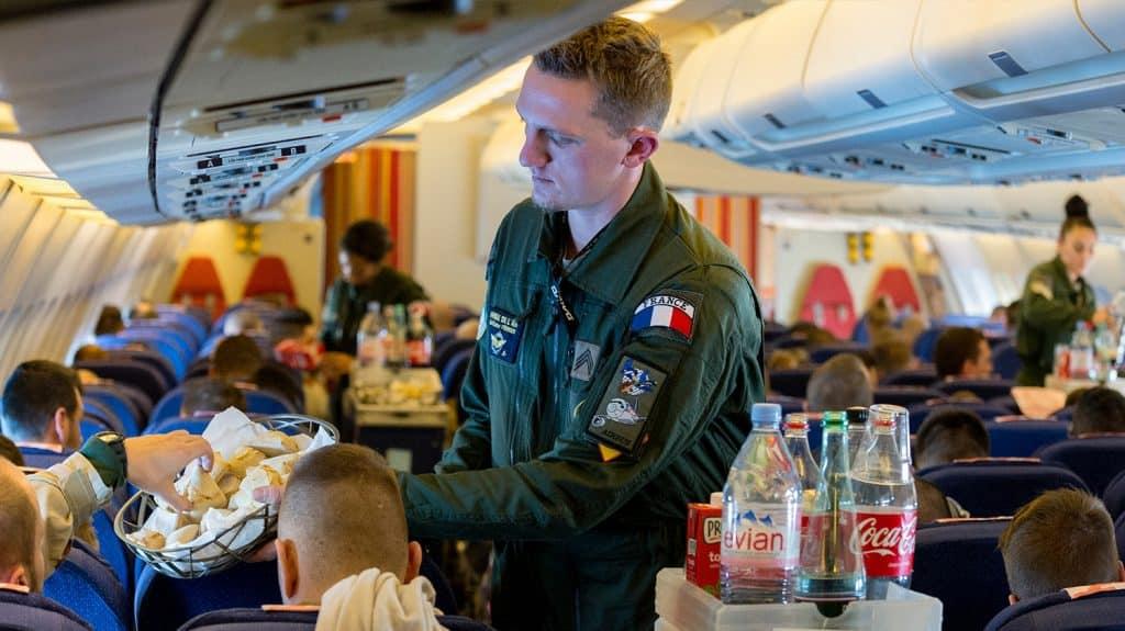 Nouveau recrutement hôtesse de l'air / steward